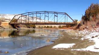 bridgeoverriver_small